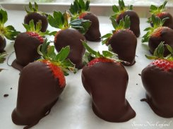 hand dipped chocolate covered strawberries (5)